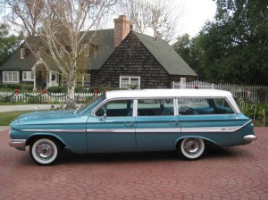 1961_impala_wagon_2
